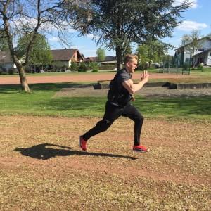 Sprint mit Gewichtsweste