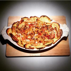 Ofenkartoffel mit Thunfisch und Schaafskäse